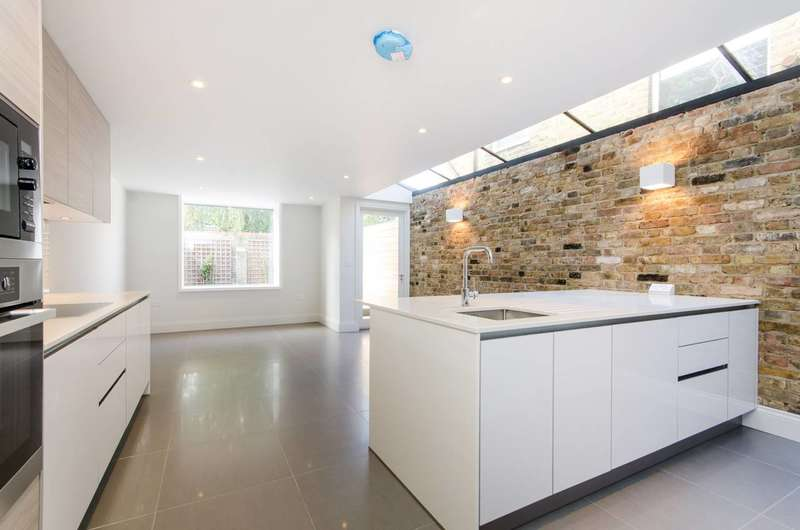 4 Bedrooms House for sale in Russell Road, Wimbledon, SW19