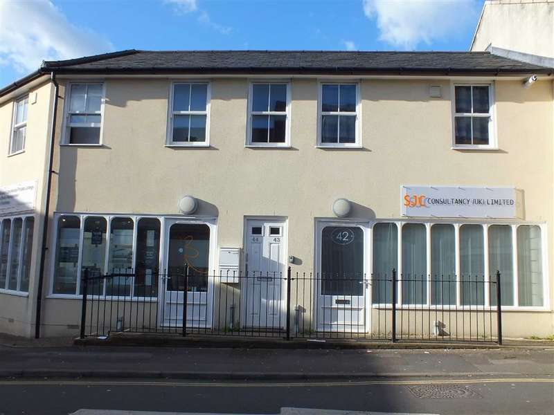 1 Bedroom Property for sale in Duke Street, Trowbridge, Wiltshire, BA14