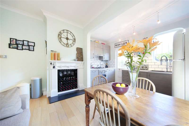 2 Bedrooms Maisonette Flat for sale in Balham Park Road, Balham, London, SW12