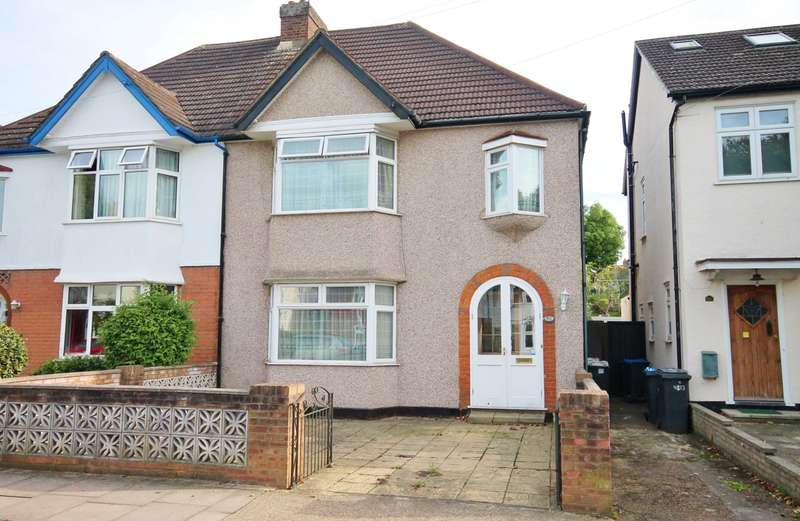 3 Bedrooms Semi Detached House for sale in Dukes Avenue, New Malden