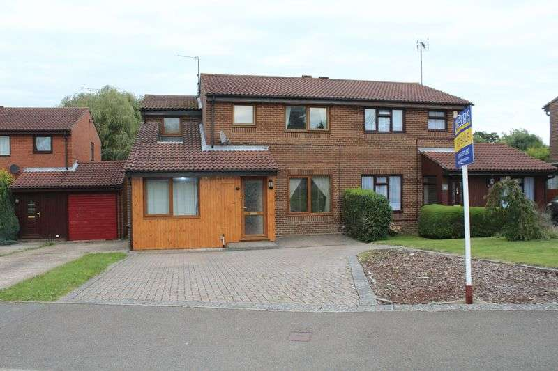 4 Bedrooms Semi Detached House for sale in Bramber Way, Burgess Hill