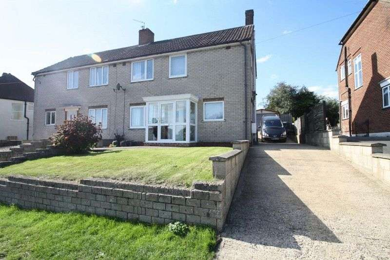 3 Bedrooms Semi Detached House for sale in Hatters Lane, High Wycombe