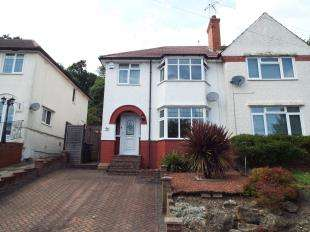 3 Bedrooms Semi Detached House for sale in Foxearth Road, South Croydon