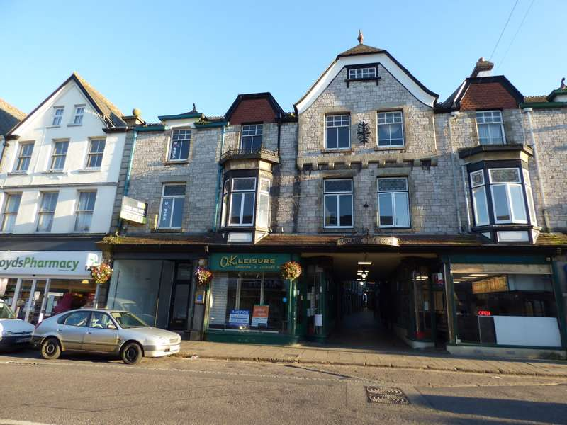 6 Bedrooms Maisonette Flat for sale in Okehampton
