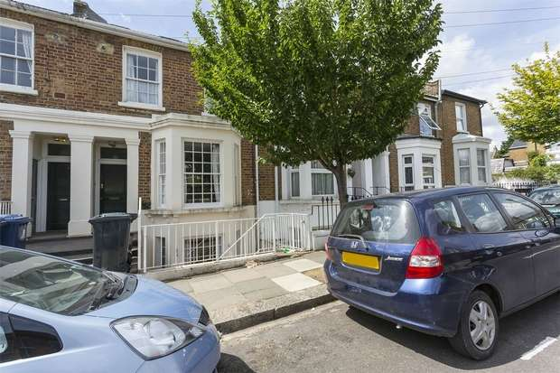 2 Bedrooms Flat for sale in Myrtle Road, Acton