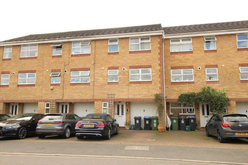 4 Bedrooms Terraced House for sale in Nash Mills, Hemel Hempstead