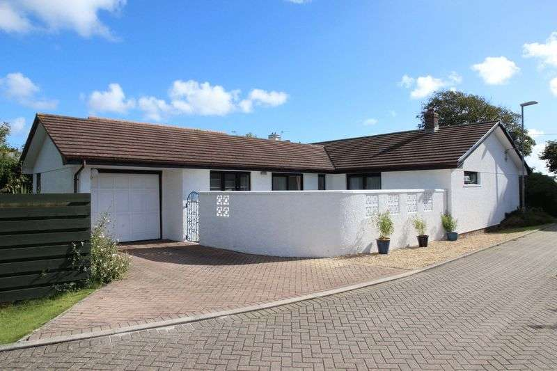 3 Bedrooms Detached Bungalow for sale in West Road, Quintrell Downs