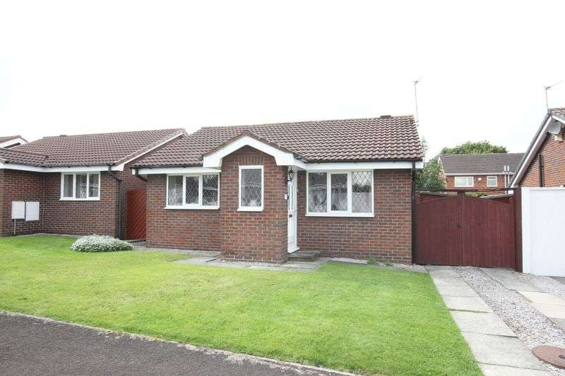2 Bedrooms Detached Bungalow for sale in Copeland Close, Pensby, Wirral