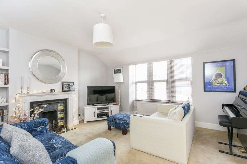2 Bedrooms Flat for sale in Milton Road, Highgate, London, N6