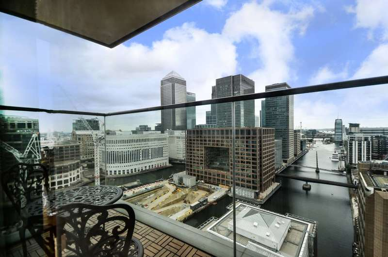 2 Bedrooms Flat for sale in Landmark Tower, Canary Wharf, E14