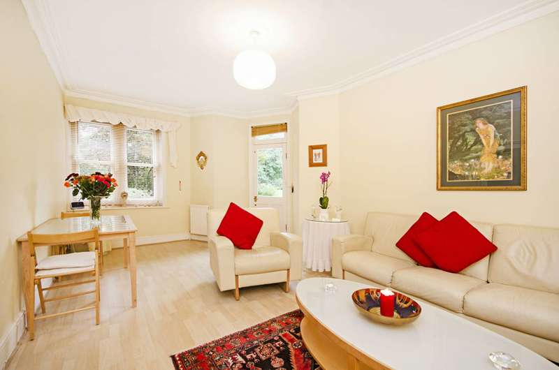 3 Bedrooms Flat for sale in Lauderdale Road, Maida Vale, W9