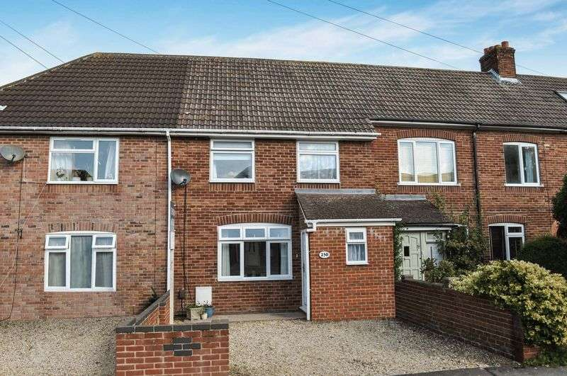 3 Bedrooms Terraced House for sale in Saxton Road, Abingdon