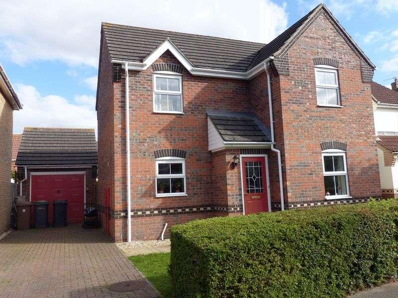 3 Bedrooms Detached House for sale in Lichfield Road, Bracebridge Heath