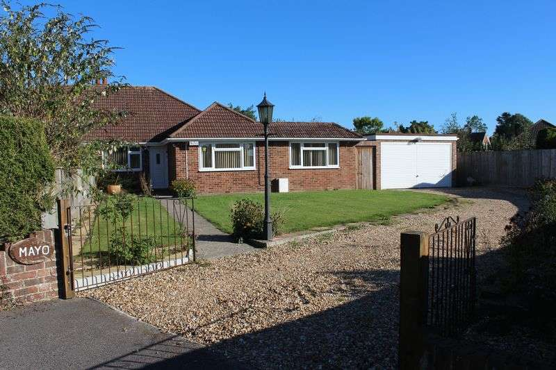 3 Bedrooms Semi Detached Bungalow for sale in Windmill Drive, Burgess Hill