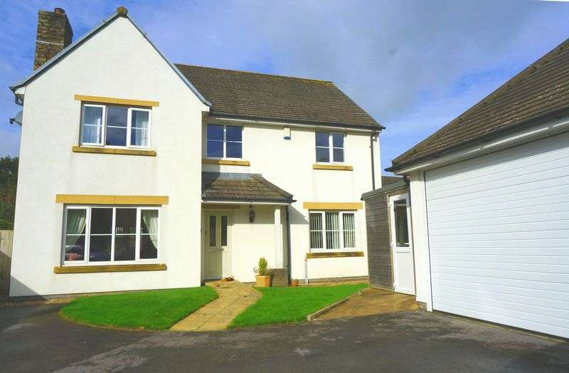 4 Bedrooms Detached House for sale in Trebartha Close, Callington