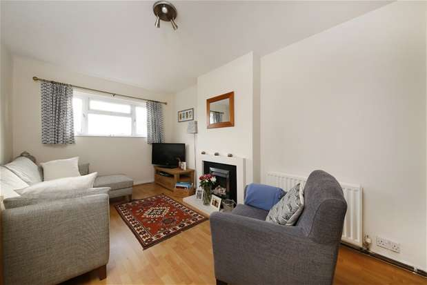 2 Bedrooms Maisonette Flat for sale in Waldenshaw Road, Forest Hill