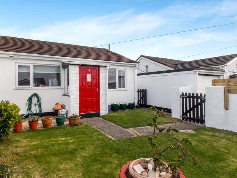 2 Bedrooms Bungalow for sale in Roskrow Close, Four Lanes