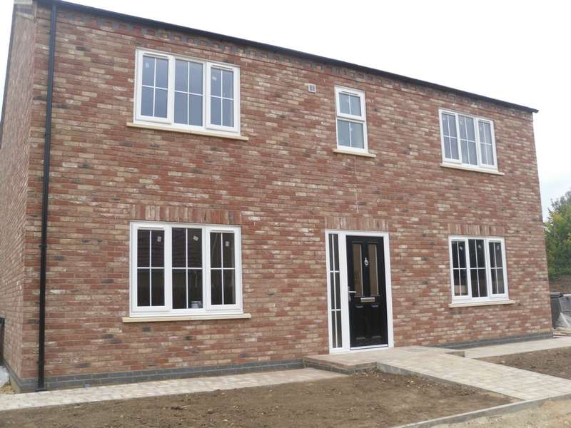 4 Bedrooms House for sale in Halcyon Drive, Coates, PE7