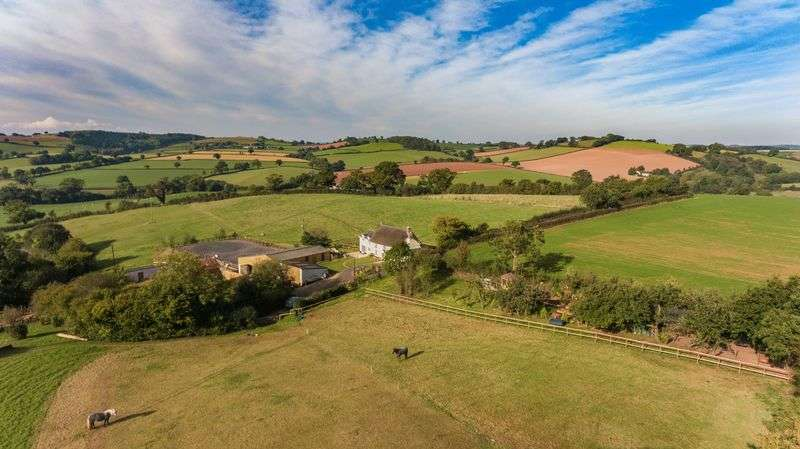 4 Bedrooms Detached House for sale in Stockleigh Pomeroy, Crediton