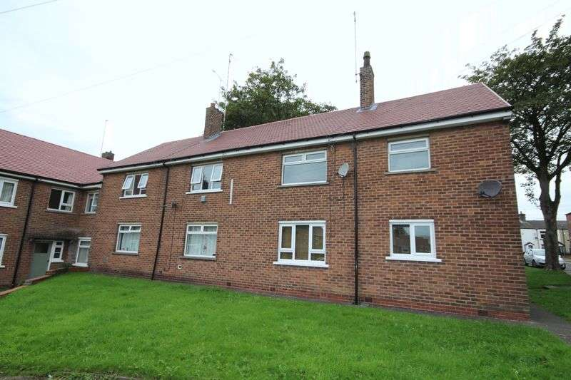 2 Bedrooms Flat for sale in MANSFIELD ROAD, Bamford, Rochdale OL11 5PR