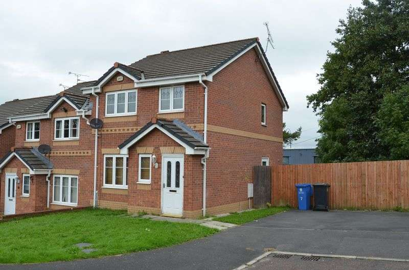 3 Bedrooms Terraced House for sale in Sunbeam Close, Runcorn