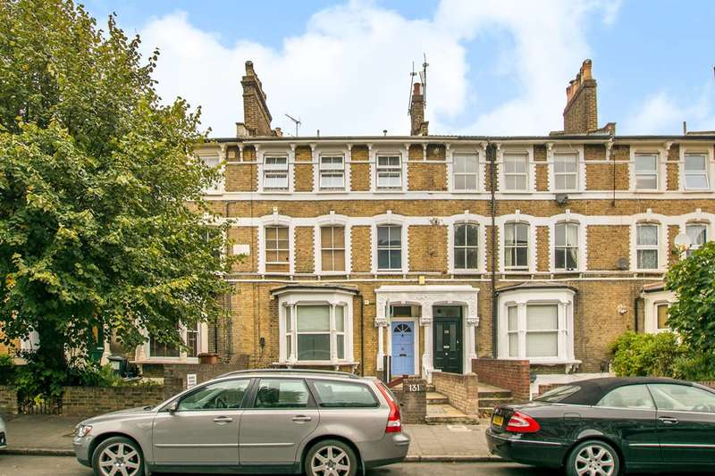 1 Bedroom Flat for sale in Evering Road, Stoke Newington, N16