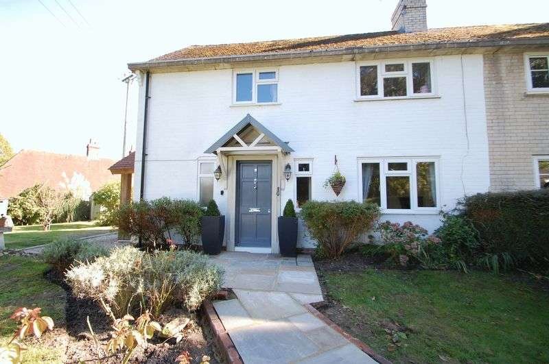 3 Bedrooms Semi Detached House for sale in Hillview, ELSTED, West Sussex