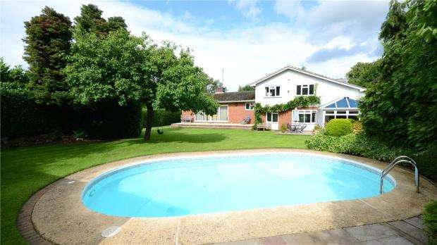 5 Bedrooms Detached House for sale in Bolney Road, Lower Shiplake, Henley-on-Thames