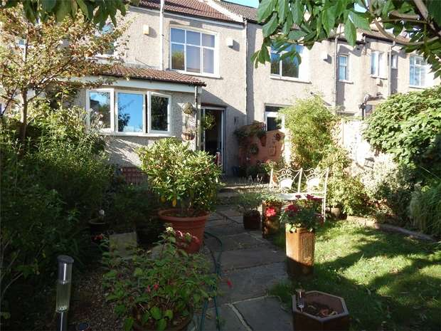3 Bedrooms Terraced House for sale in Westbury Road, Penge, London