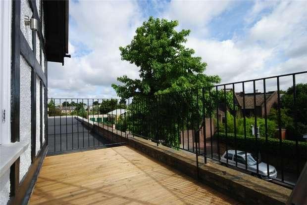 1 Bedroom Flat for sale in Richmond Road, Twickenham