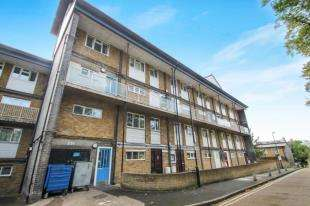 5 Bedrooms Flat for sale in Saxton Close, Lewisham, London