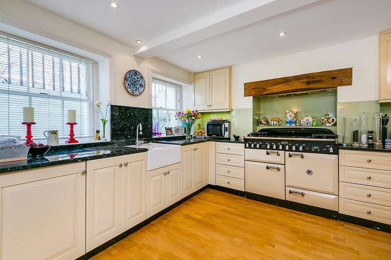 4 Bedrooms House for sale in Addison Bridge Place, London, W14