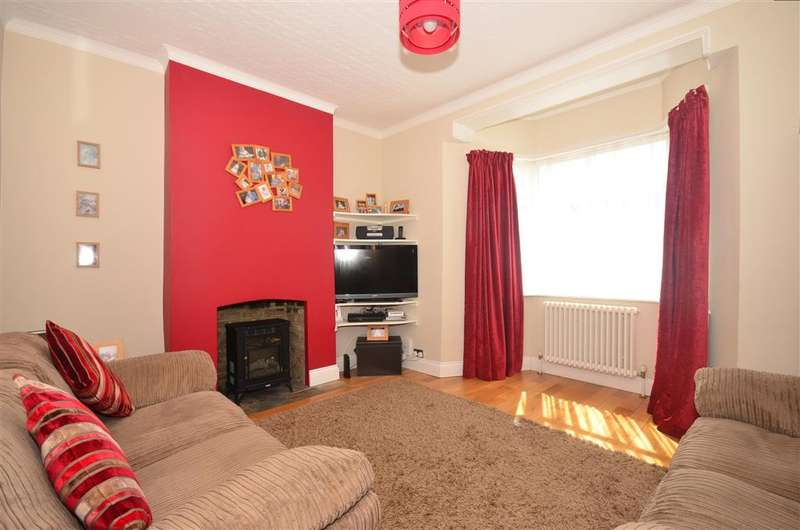 3 Bedrooms Detached House for sale in Thicket Crescent, Sutton, Surrey