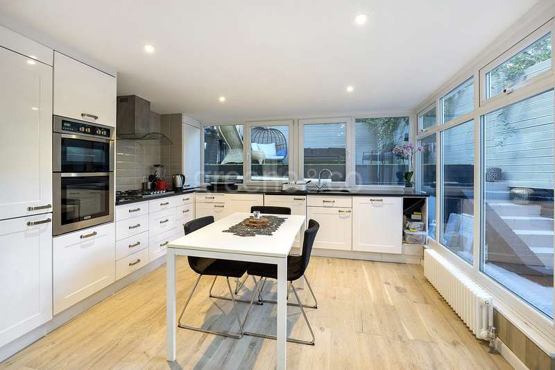 2 Bedrooms Flat for sale in Greville Road, Kilburn Park, London, NW6