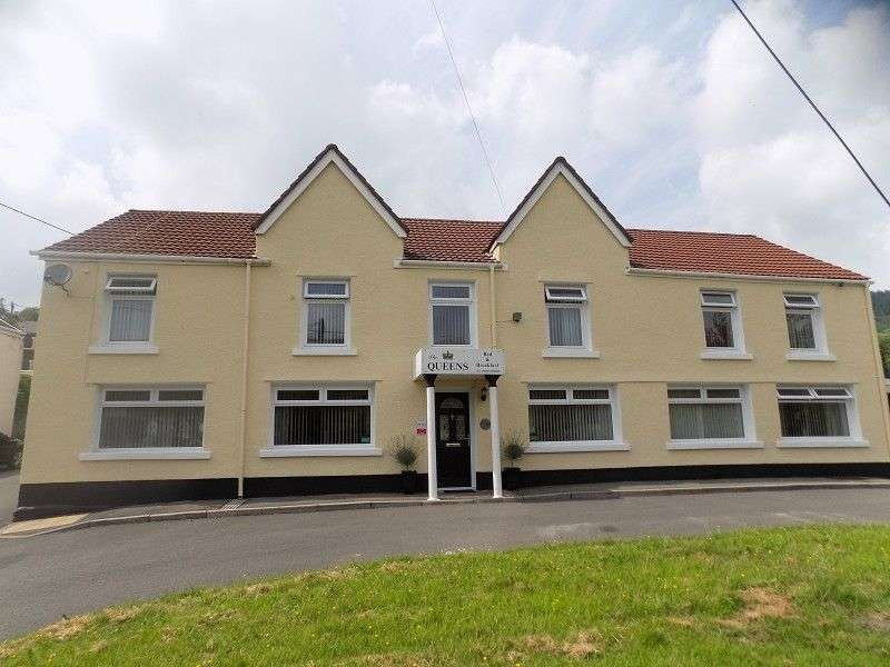 5 Bedrooms Detached House for sale in Queen Street , Glyncorrwg, Port Talbot, Neath Port Talbot. SA13 3BL