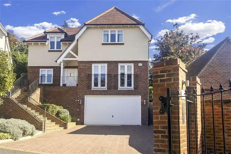 5 Bedrooms Property for sale in Chynham Place, Sanderstead, Surrey