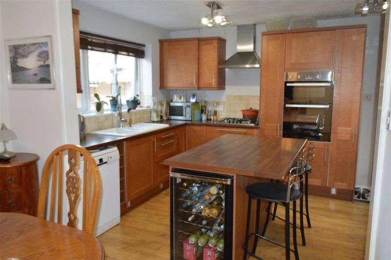 4 Bedrooms Detached House for sale in Taunton Road, Weston-Super-Mare
