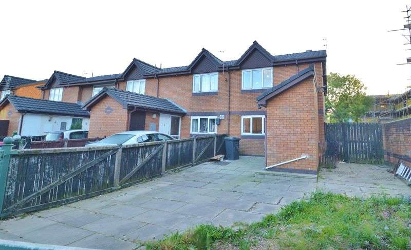 2 Bedrooms Terraced House for sale in Ledbrooke Close, Salford