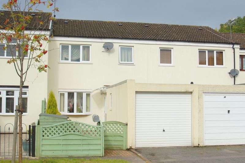 3 Bedrooms Terraced House for sale in Kinnersley Close, Winyates West, Redditch, Worcestershire