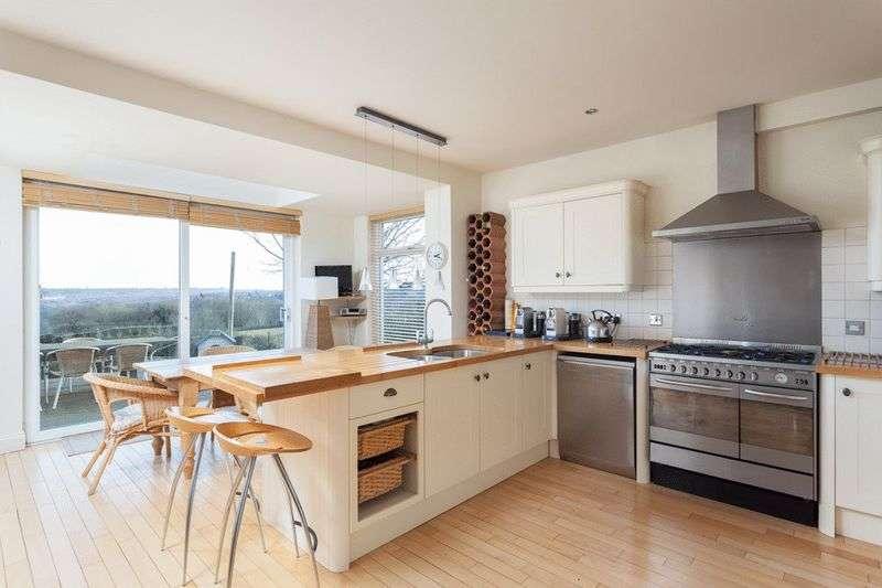 5 Bedrooms Detached House for sale in London Road, Tunbridge Wells