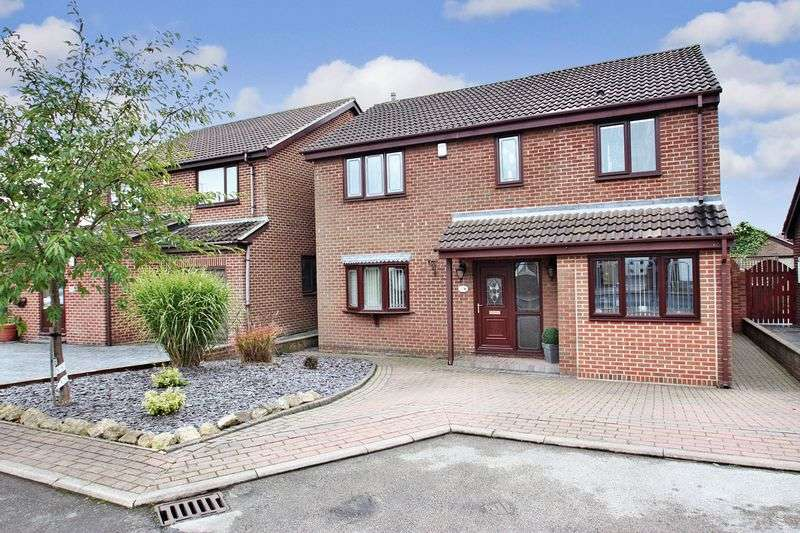 4 Bedrooms Detached House for sale in Nunns View, Featherstone