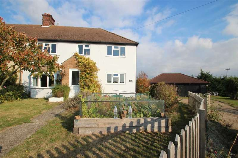 5 Bedrooms Semi Detached House for sale in Hillside, Thorpe Road, Tendring