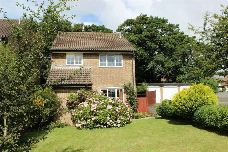 4 Bedrooms House for sale in Woodlands Close, Peacehaven