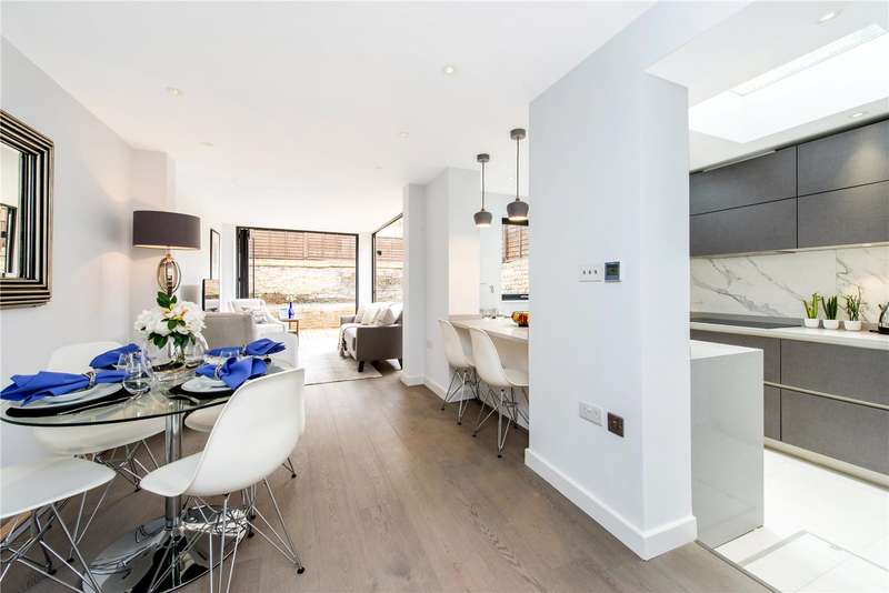 3 Bedrooms Ground Flat for sale in Ashmore Road, London, W9