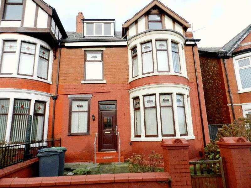 4 Bedrooms Terraced House for sale in FOR SALE BY PUBLIC AUCTION; 94 WARLEY ROAD, BLACKPOOL, FY1-2RP