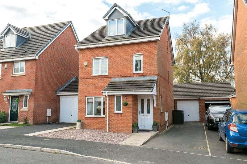 4 Bedrooms Detached House for sale in Rushwood Park, Standish