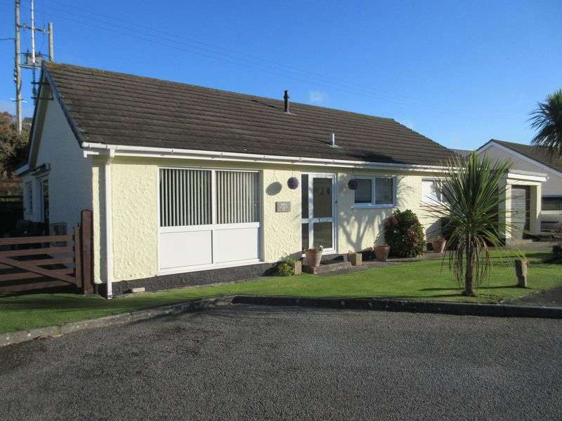 3 Bedrooms Detached Bungalow for sale in Penybonc, Amlwch