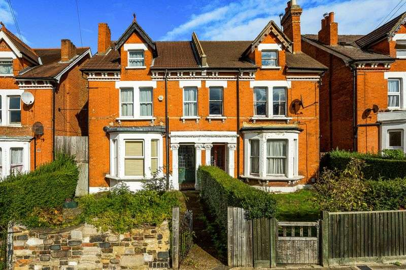 6 Bedrooms Terraced House for sale in Gleneldon Road, London