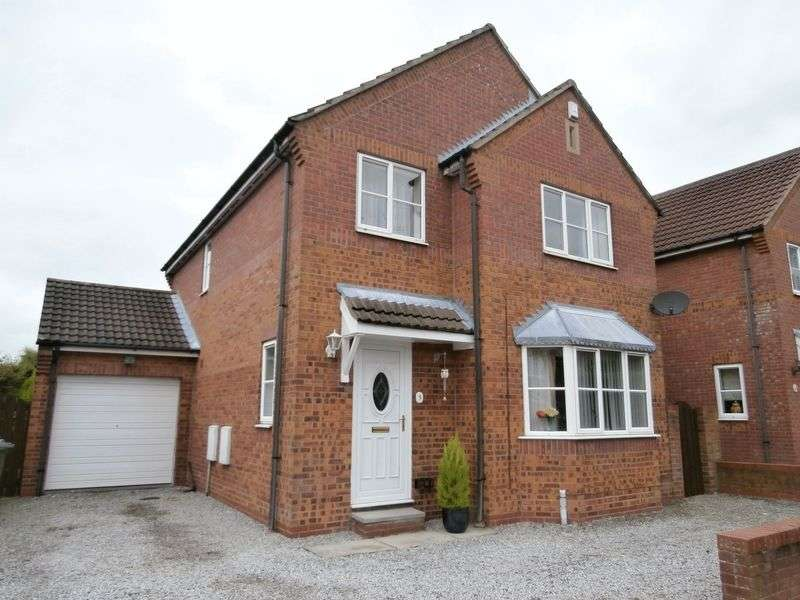 4 Bedrooms Detached House for sale in Chaytor Close, Hedon