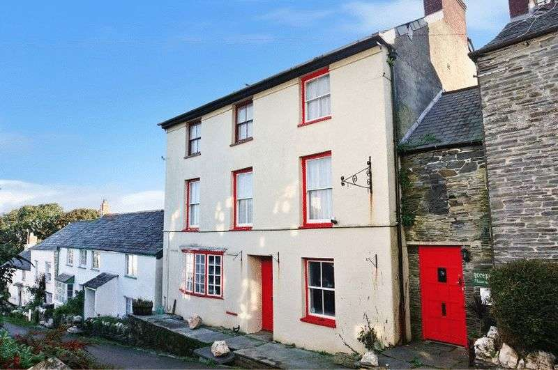 9 Bedrooms Semi Detached House for sale in High Street, Boscastle